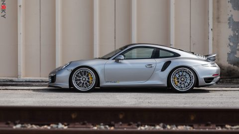 AN30 – Porsche 911 Turbo S