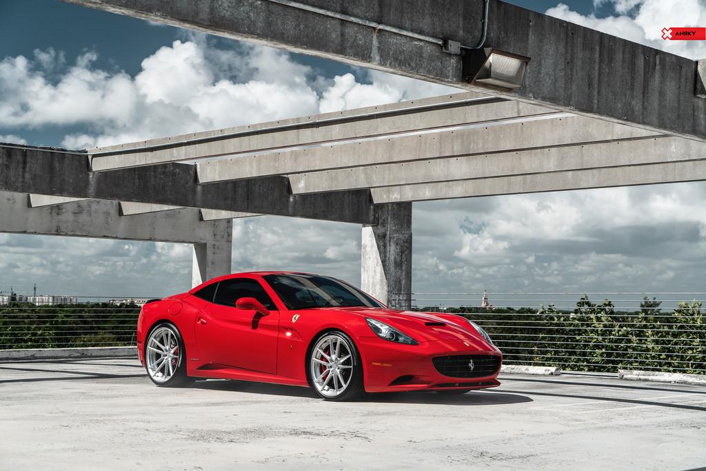 Ferrari California – AN24 SeriesTWO