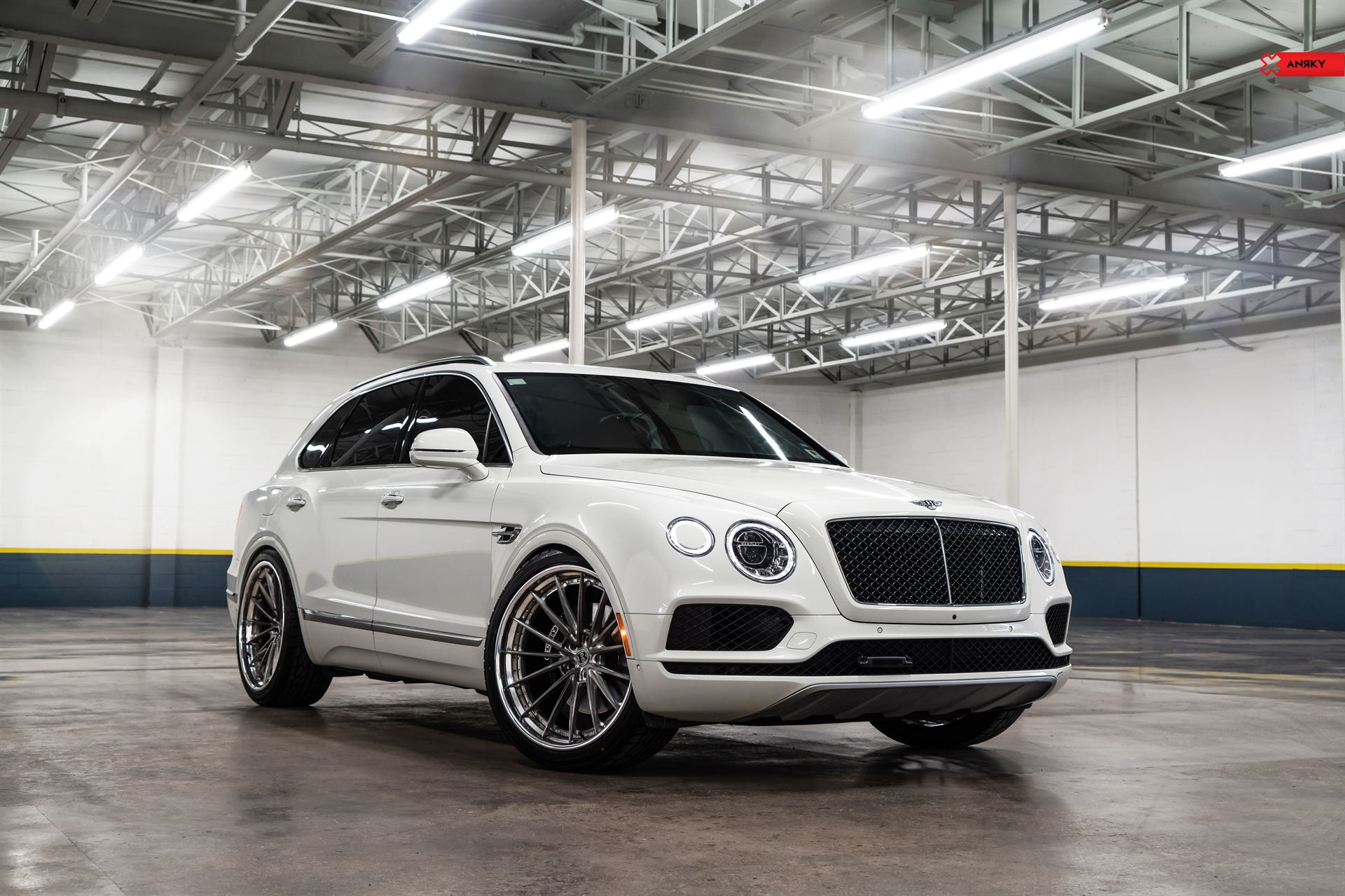 Bentley Bentayga – AN39 SeriesTHREE
