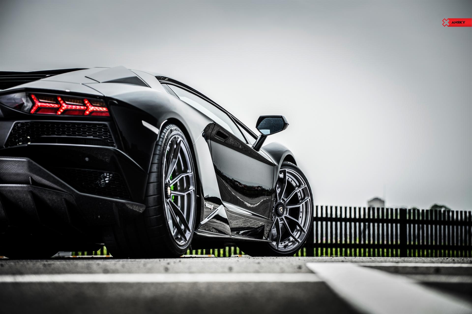 Lamborghini Aventador S – AN21 SeriesTWO