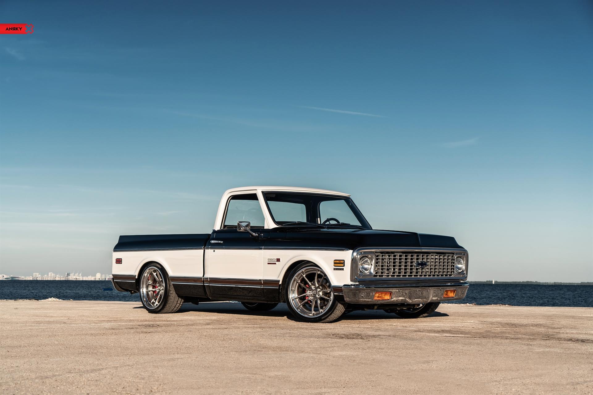 1972 Chevrolet Cheyenne Super – AN34 SeriesTHREE