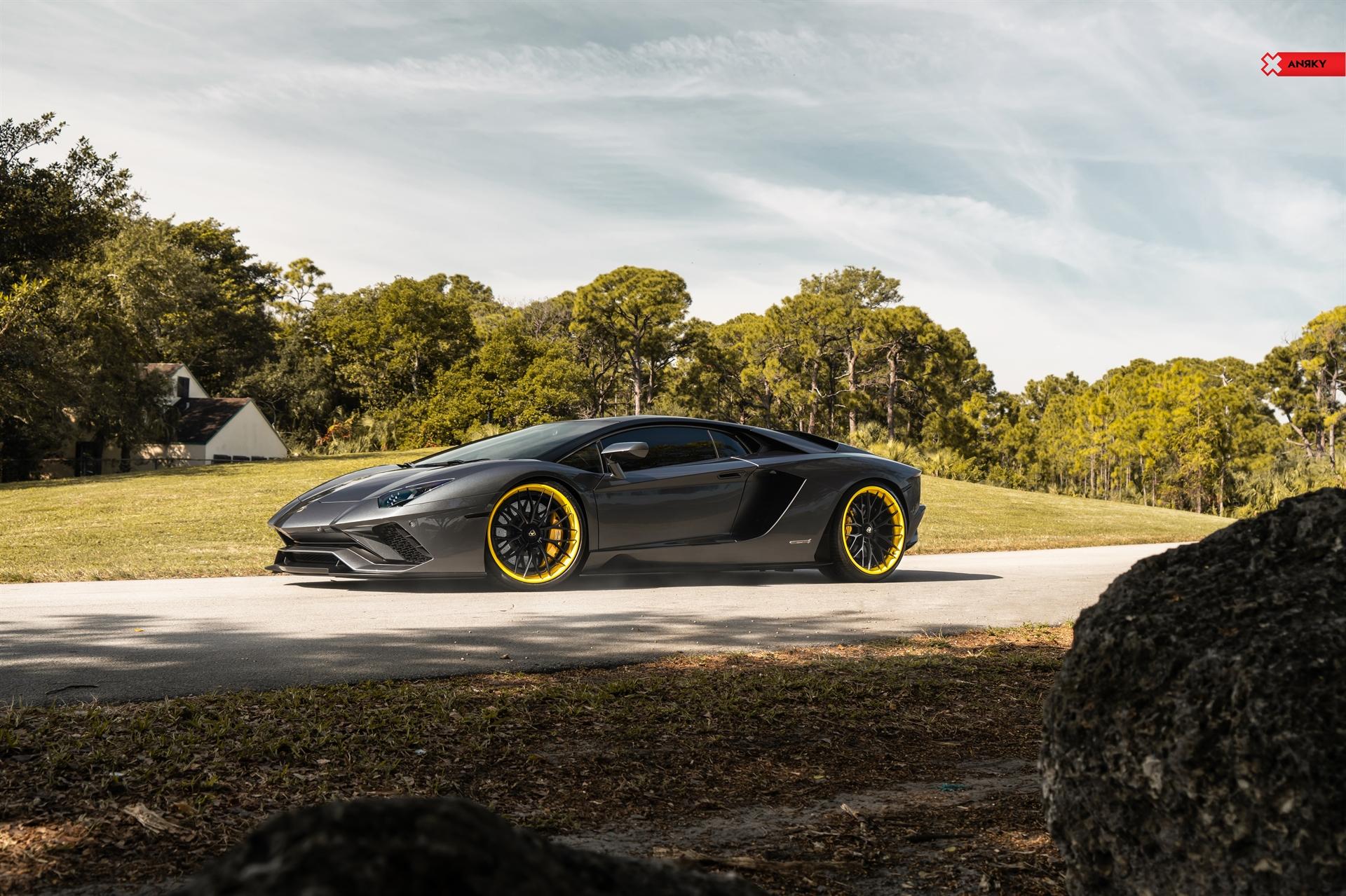 Lamborghini Aventador S – AN30 SeriesTHREE