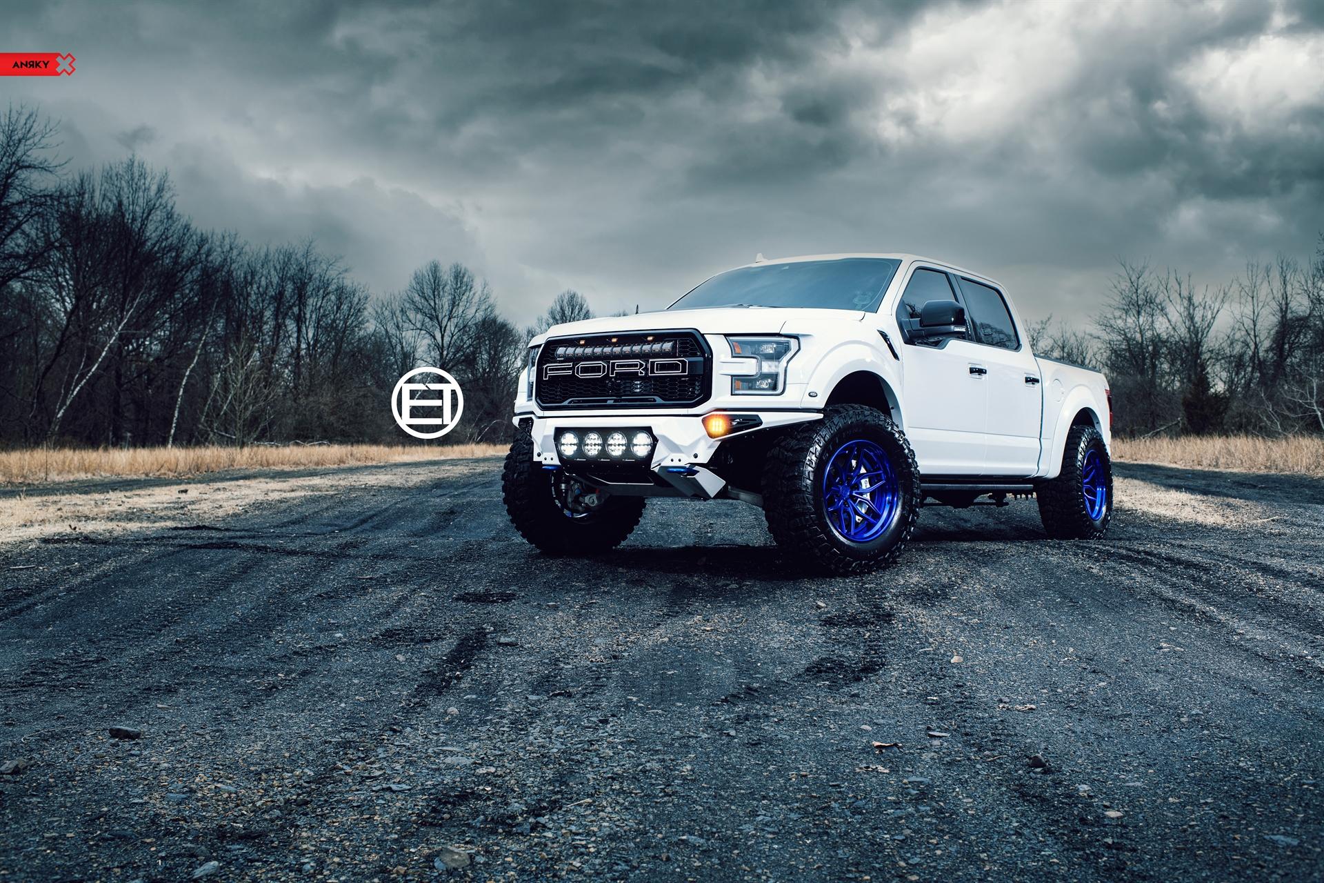 Ford F150 Raptor – Blue AN36 SeriesTHREE