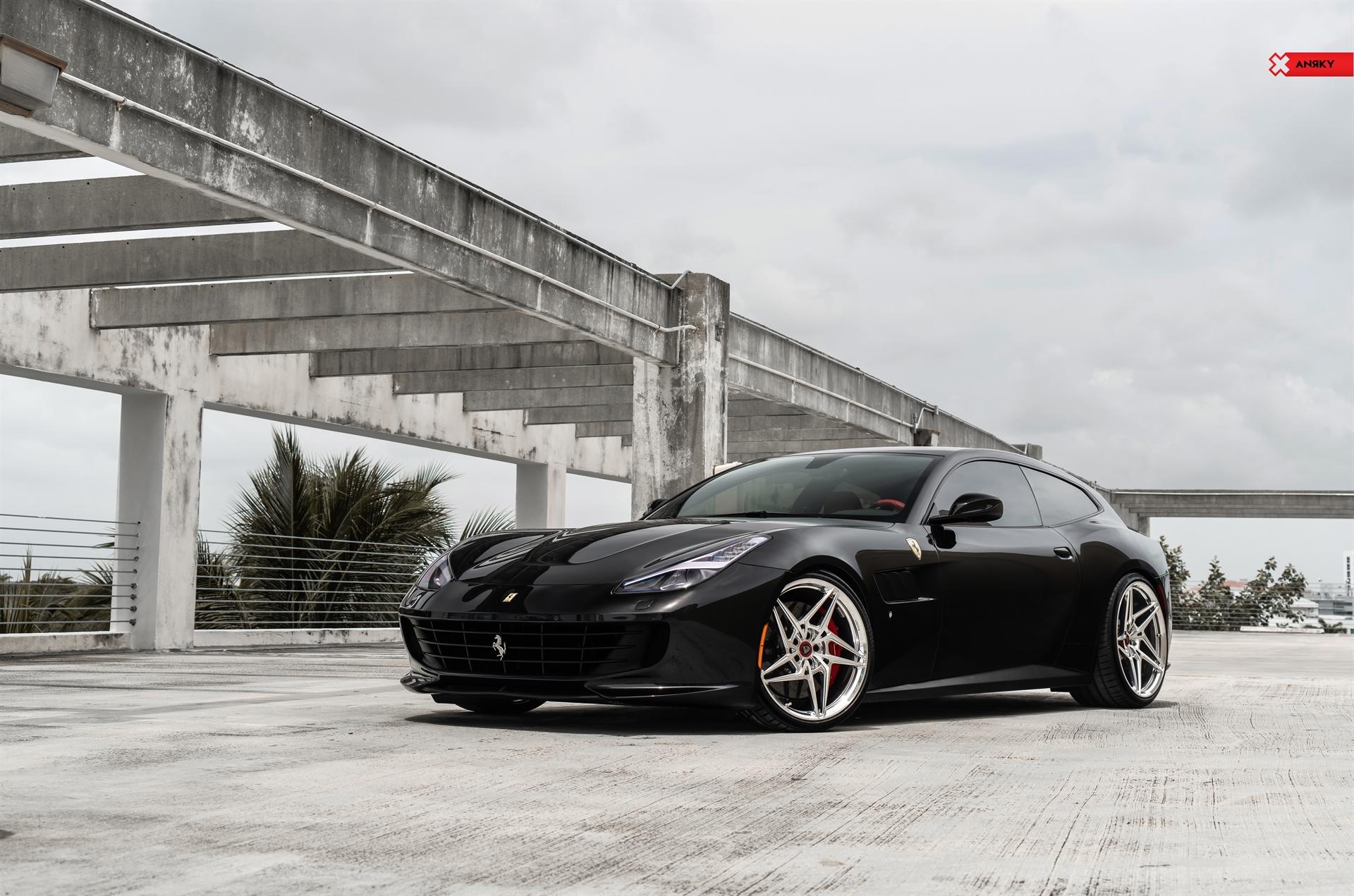 Ferrari GT4C Lusso – X|Series S1-X3