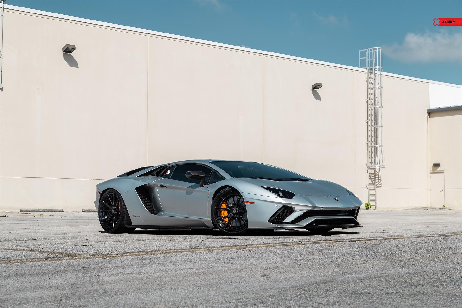 Lamborghini Aventador S – AN22 SeriesTWO