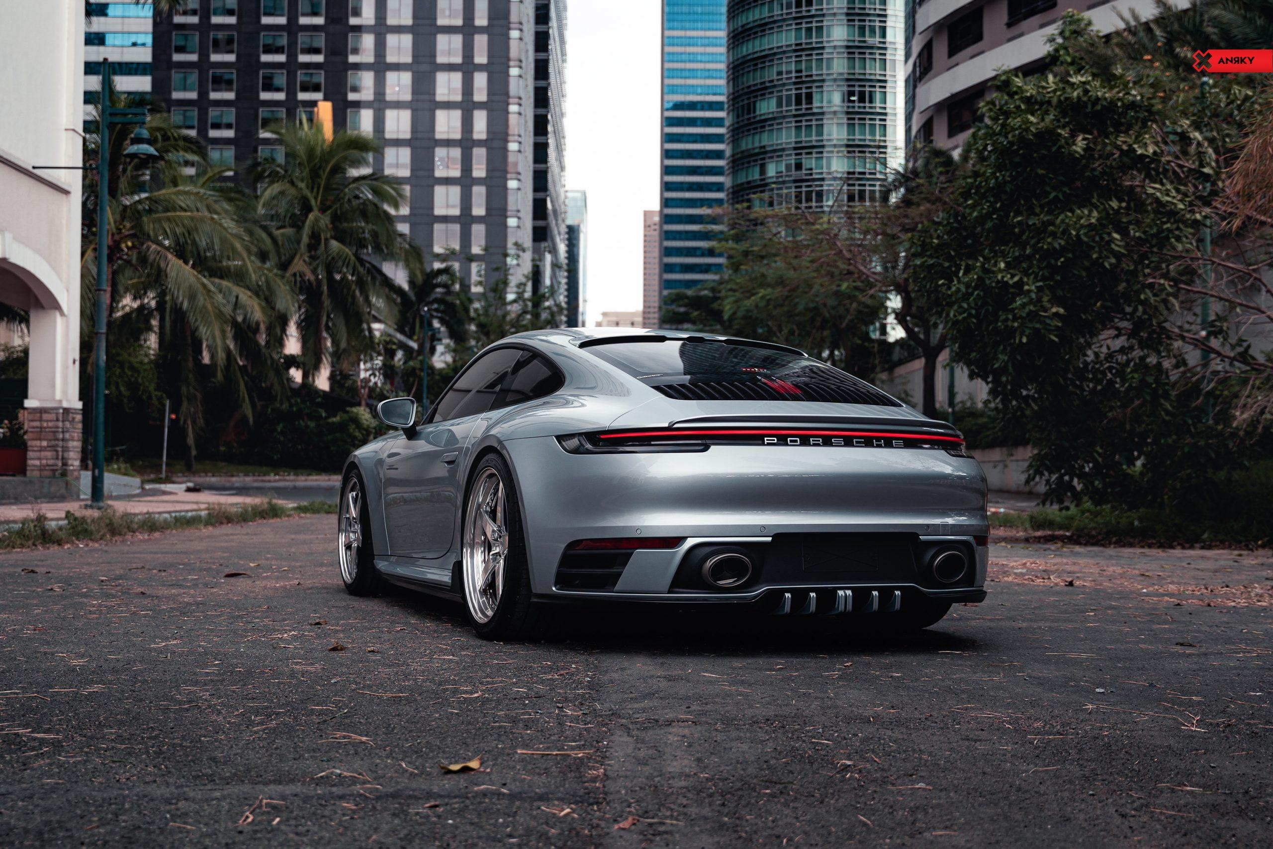Porsche 992 C2S – RETROSeries RS5