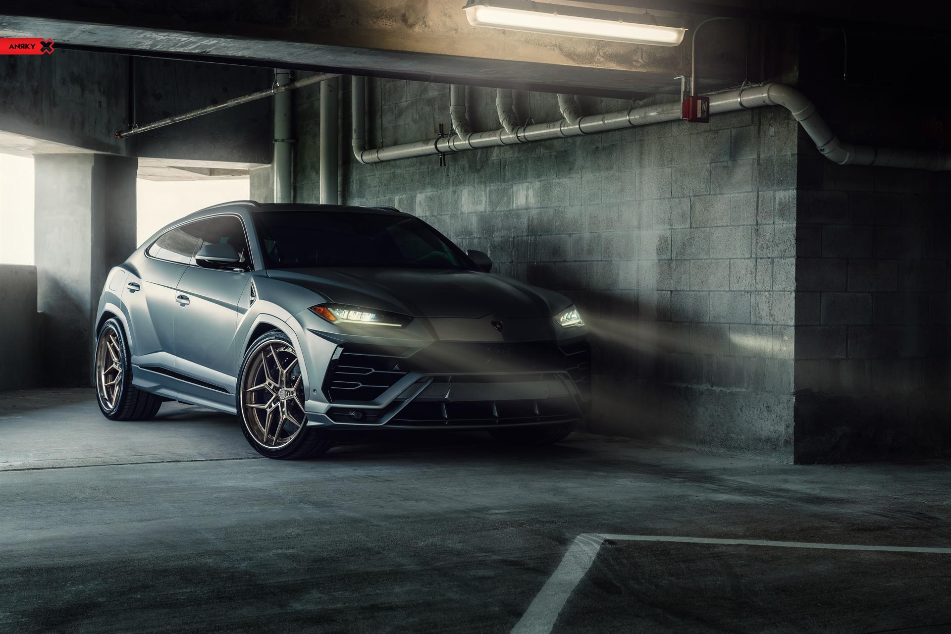 Lamborghini Urus – X|Series S3-X4